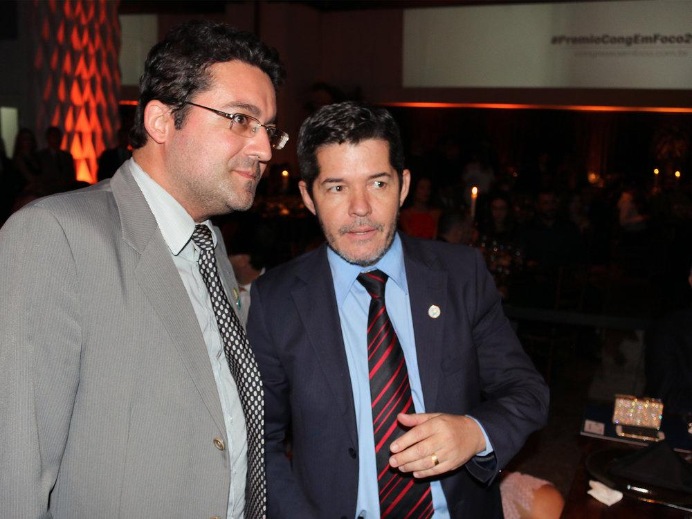 Deputado Delegado Waldir em conversa com o Presidente da ANESP.