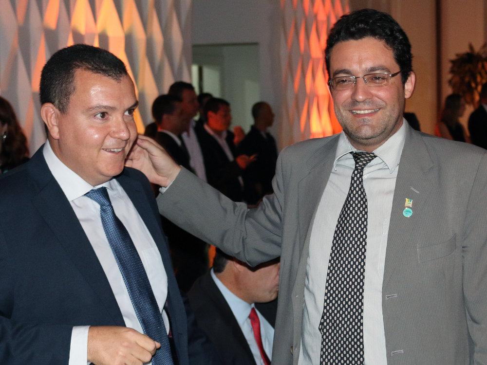 O ex-Presidente da ANESP João Aurélio e o atual, Alex Canuto.