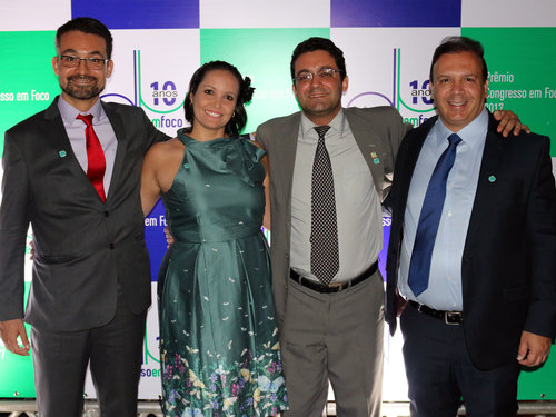 Roberto+Gonzales,+Klenise+Favero,+Alex+Canuto+e+Paulo+Paiva.jpg