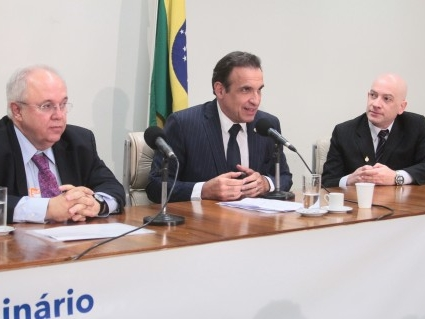 Fracisco Gaetani, Hugo Leal e Vinícius Barile.jpg