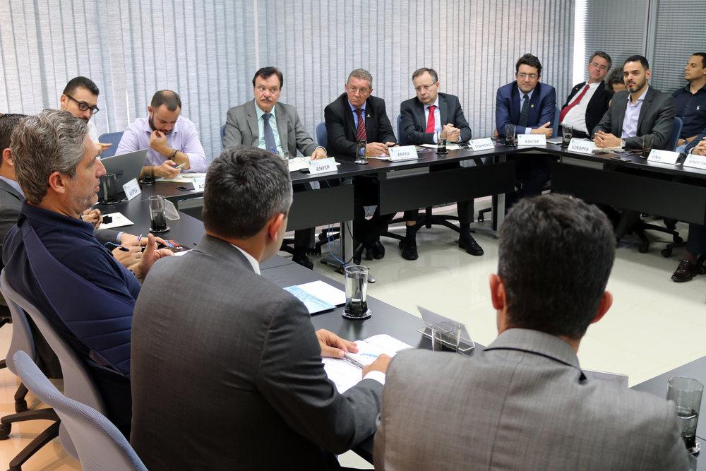 Deputado Rogério Rosso em reunião no Fonacate. Foto: Filipe Calmon / ANESP