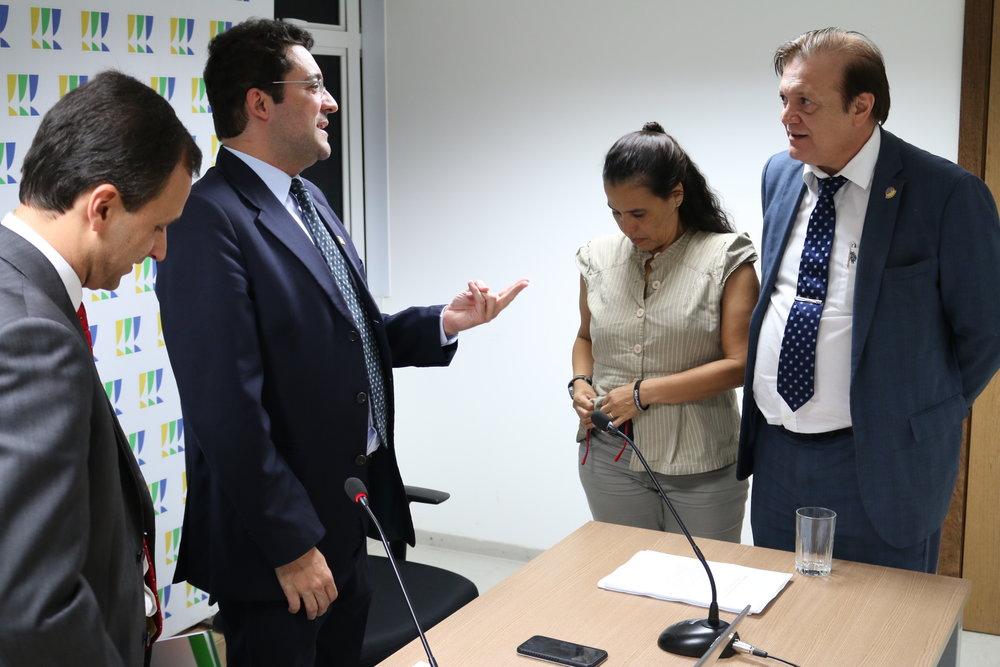 O ex-Presidente da ANESP Luiz Alberto dos Santos assistiu in loco ao debate