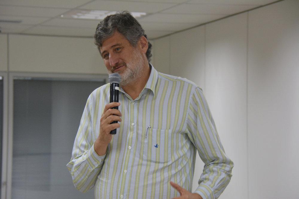 Luciano Oliva Patrício