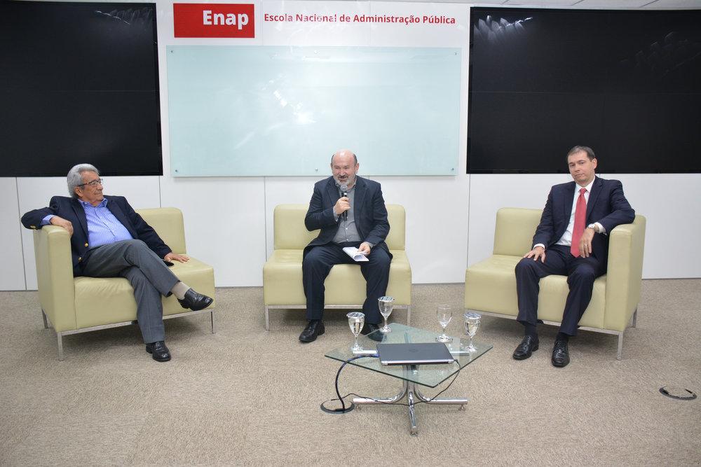 Professor Gileno Marcelino, Zé Luis e Sílvio Holanda.