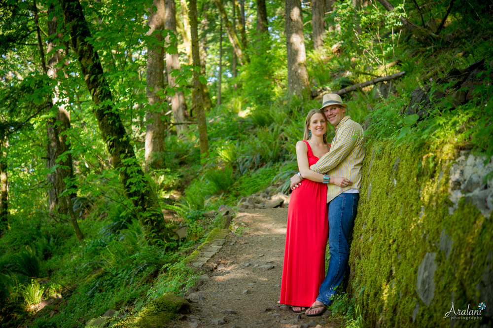 Waterfall_Engagement_Session004.jpg