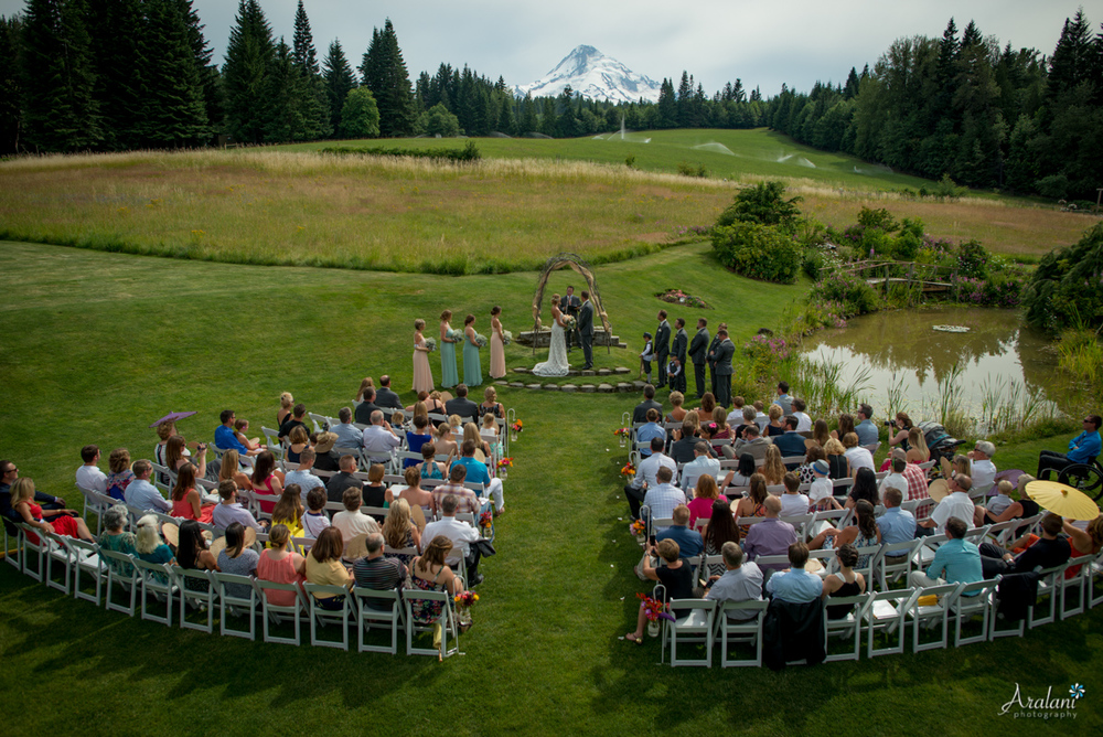 Mt_Hood_Bed_and_Breakfast_Wedding0011.jpg