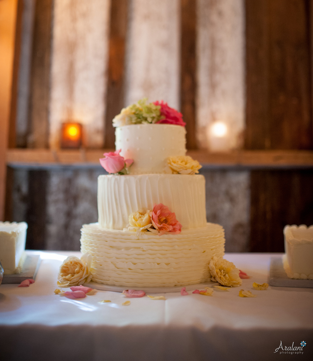 Cornelius_Pass_Roadhouse_Wedding0023.jpg