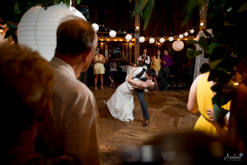 Cornelius_Pass_Roadhouse_Wedding0060.jpg