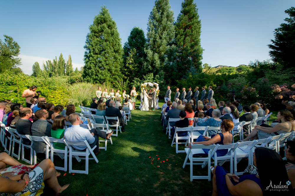 McMenamins_Edgefield_Wedding_SB0034.jpg