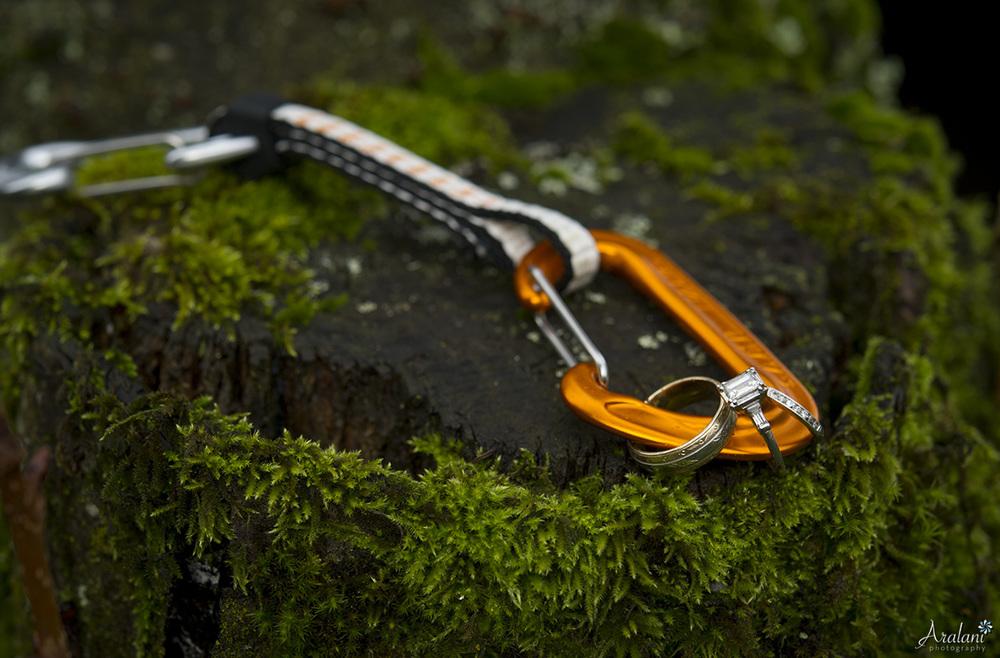 Rockclimber Wedding Carabiner  - Aralani Photography - Ara Roselani