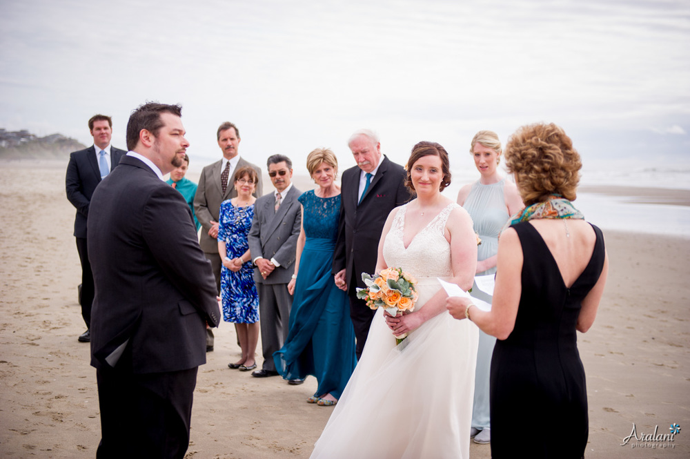 Oregon_Coast_Elopement_0013.jpg
