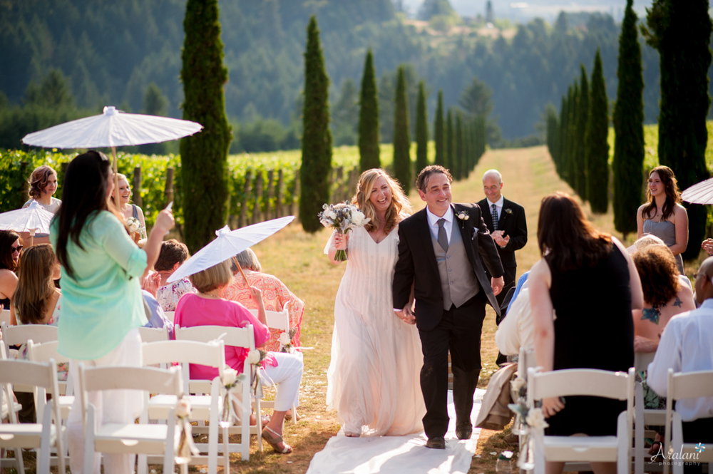 Alloro_Vinyard_Wedding0019.jpg