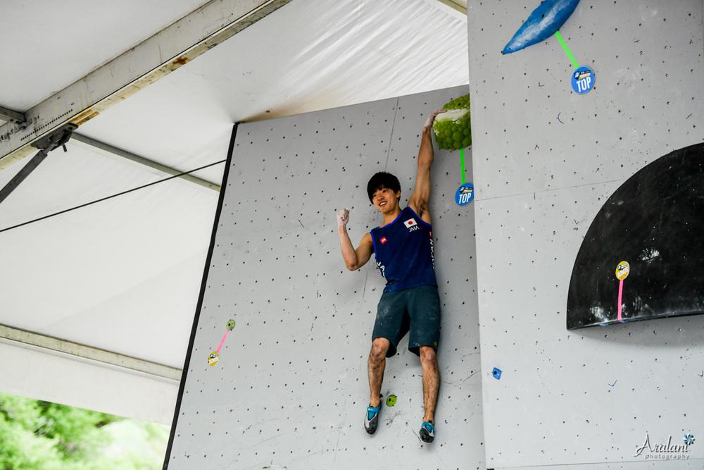 IFSC_Bouldering_Vail_2016_054.jpg