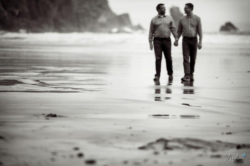 Oregon_Coast_Samesex_Engagement_KJ007.jpg