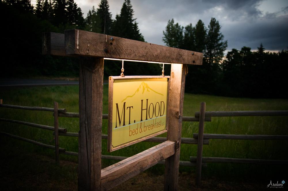 Mt_Hood_Bed&Breakfast_Elopement_027.jpg