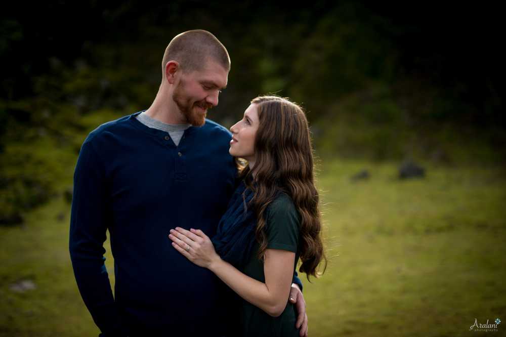 Columbia_River_Gorge_Engagement_Session004.jpg