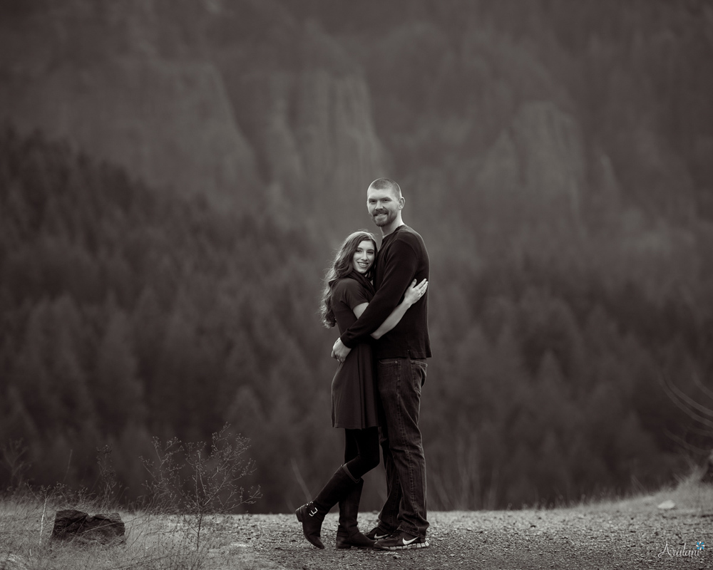 Columbia_River_Gorge_Engagement_Session005.jpg