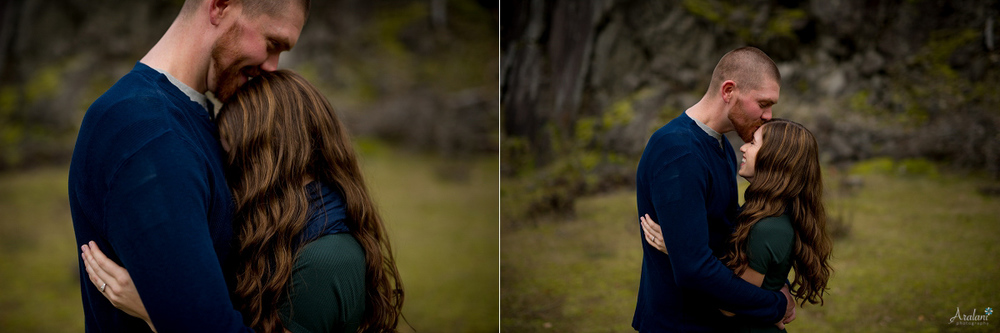 Columbia_River_Gorge_Engagement_Session011.jpg