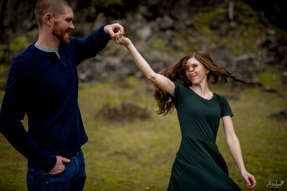 Columbia_River_Gorge_Engagement_Session012.jpg