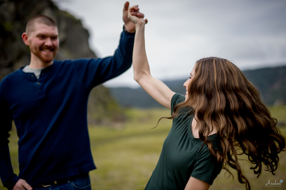Columbia_River_Gorge_Engagement_Session013.jpg