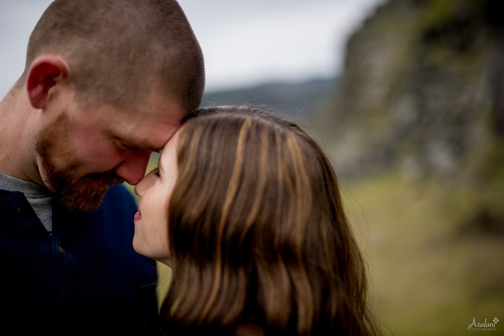 Columbia_River_Gorge_Engagement_Session014.jpg
