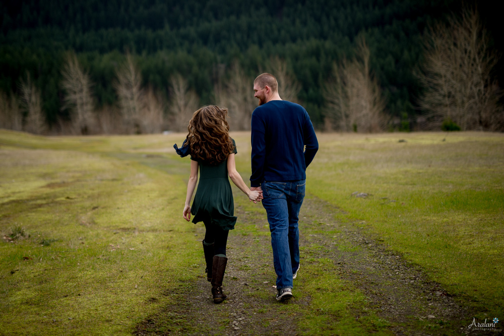 Columbia_River_Gorge_Engagement_Session015.jpg