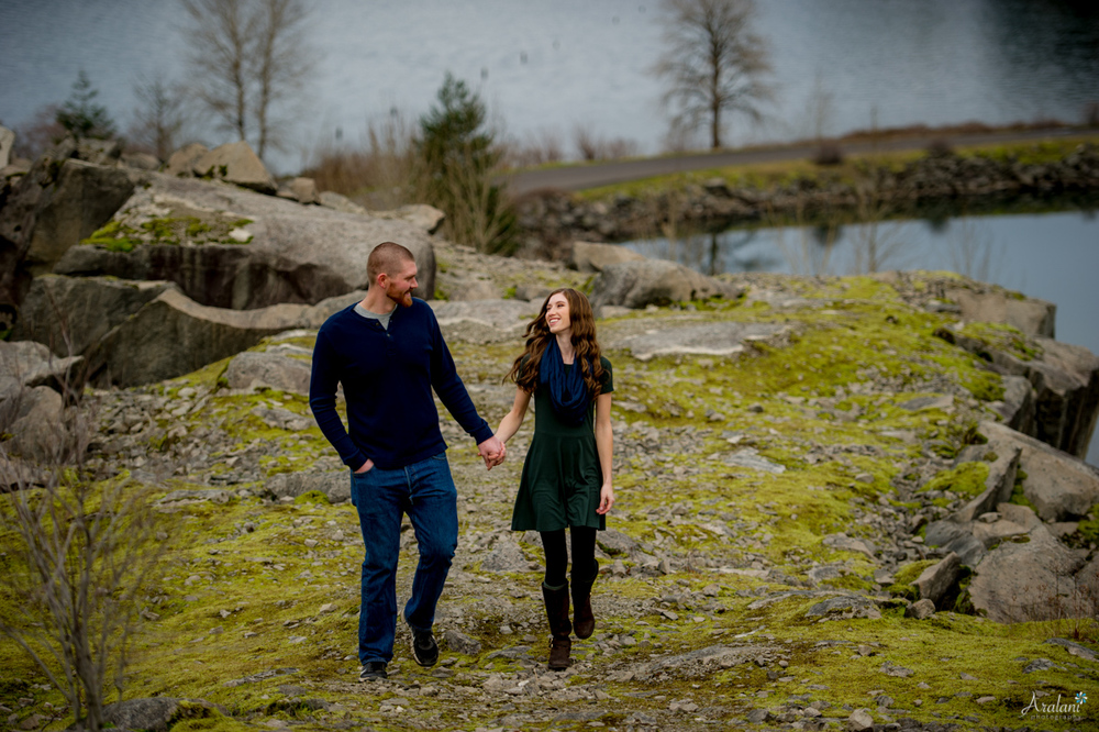 Columbia_River_Gorge_Engagement_Session019.jpg