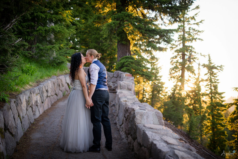 Crater_Lake_Wedding_Elopement032.jpg