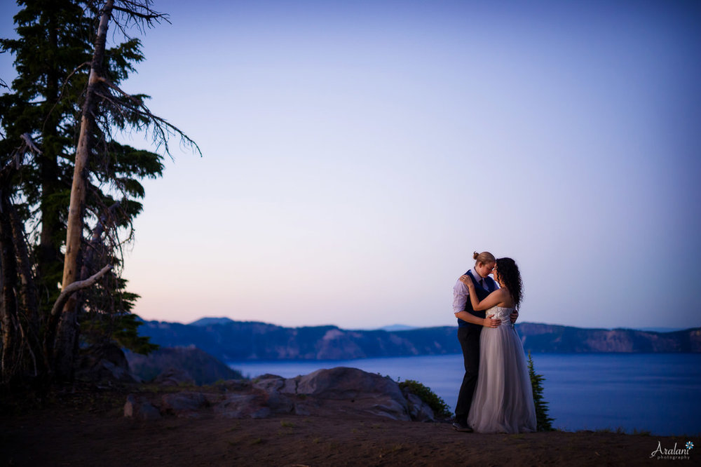 Crater_Lake_Wedding_Elopement045.jpg