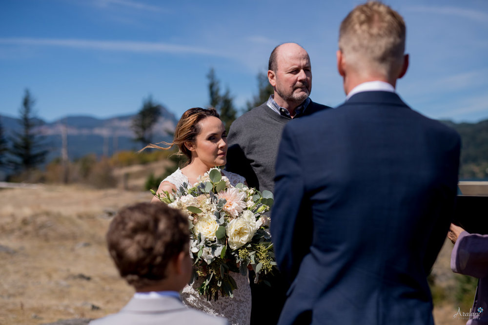 Columbia_River_Gorge_Elopement005.jpg