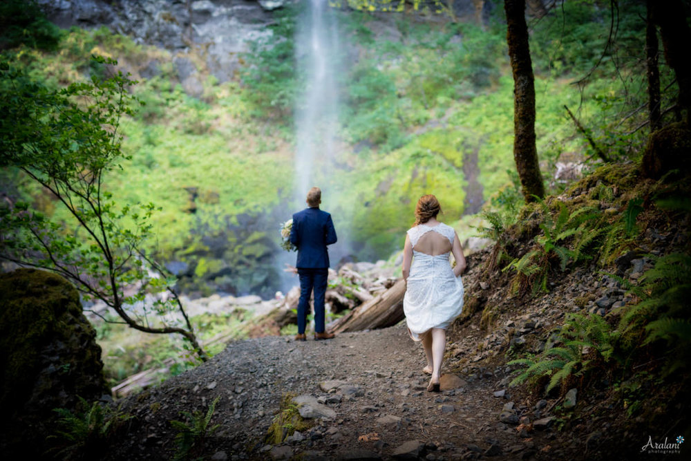 Columbia_River_Gorge_Elopement020.jpg
