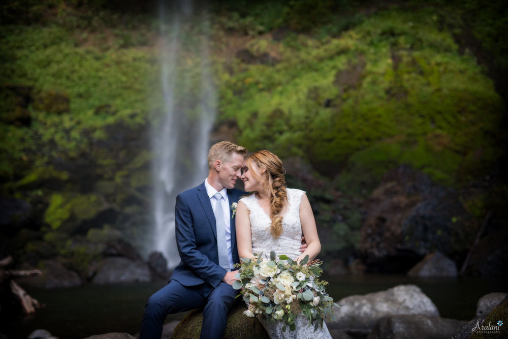 Columbia_River_Gorge_Elopement021.jpg