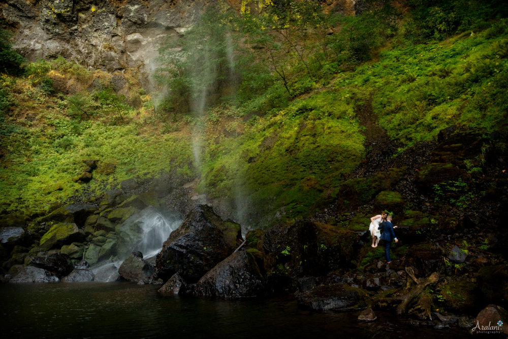 Columbia_River_Gorge_Elopement039.jpg