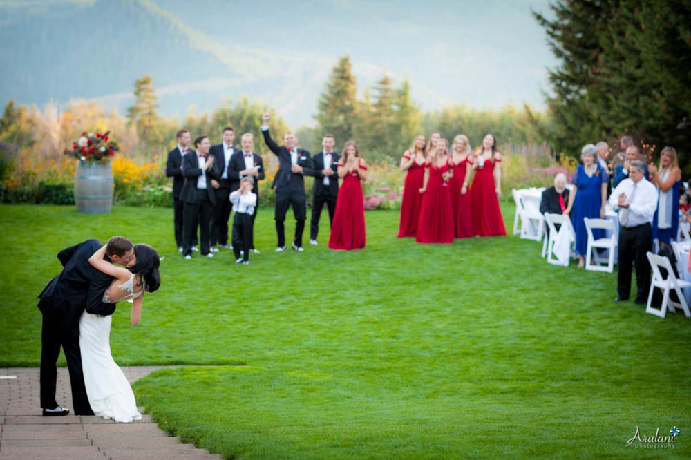 Gorge_Crest_Vineyard_Wedding036.jpg