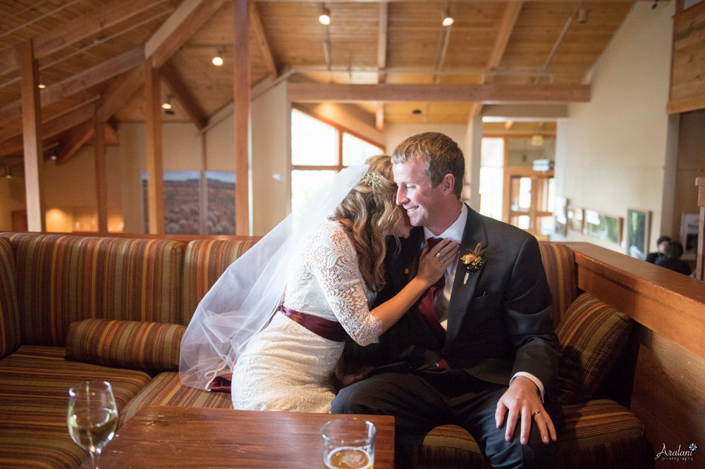 Black_Butte_Ranch_Autumn_Wedding_0021.jpg