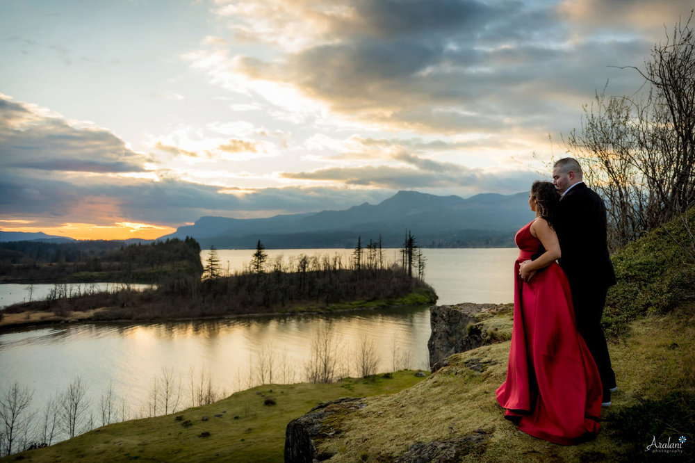 Columbia_River_Gorge_Sunset_Engagement0008.jpg