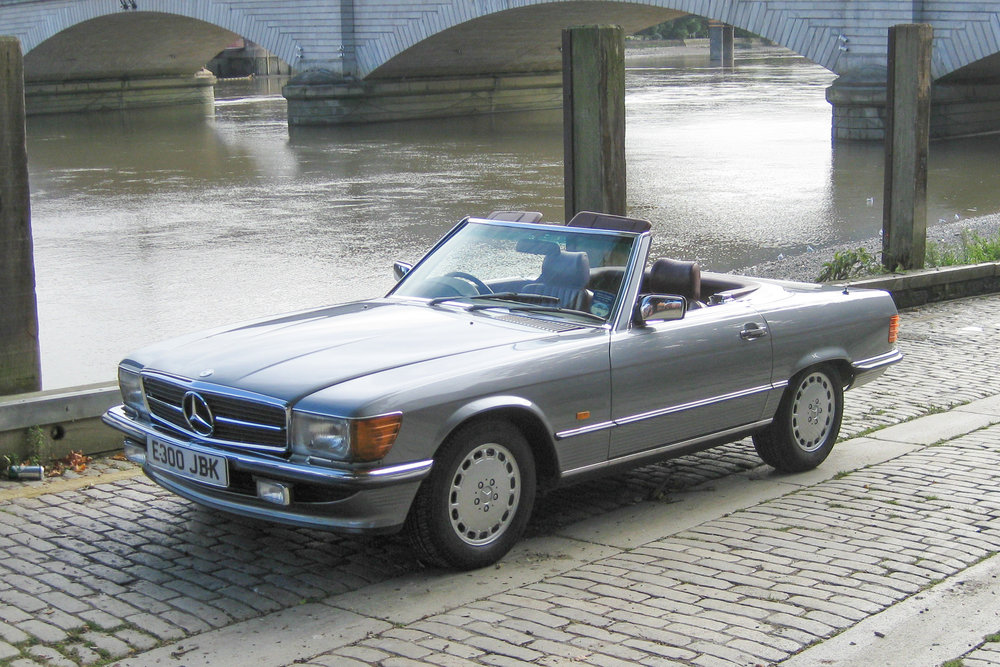 Mercedes-Benz 500SL