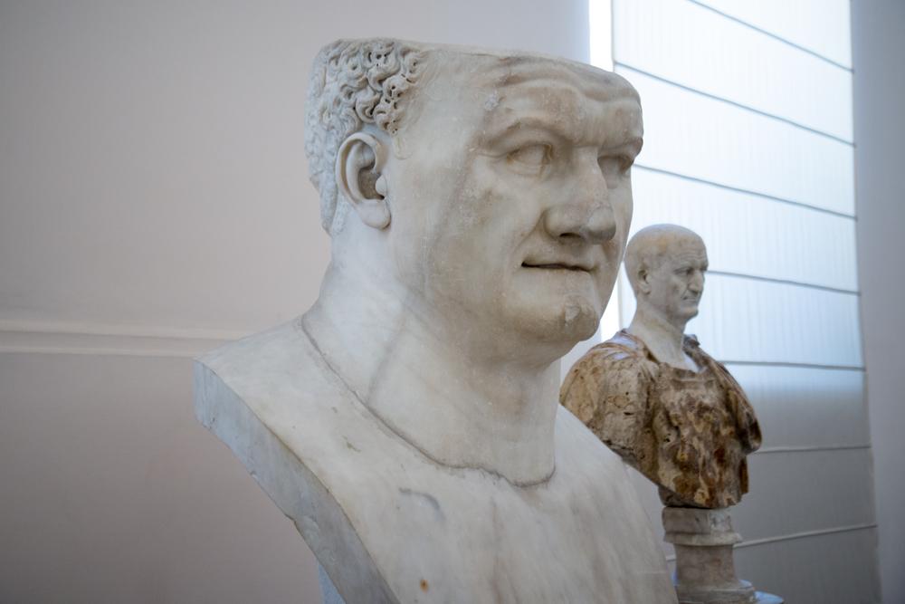 Augustus, Napoli