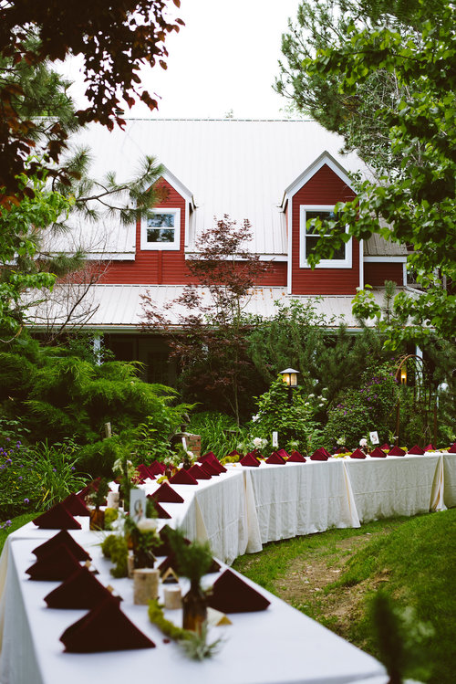 Venue: Red Chair Lavender Farm | Photo By E+E Photography