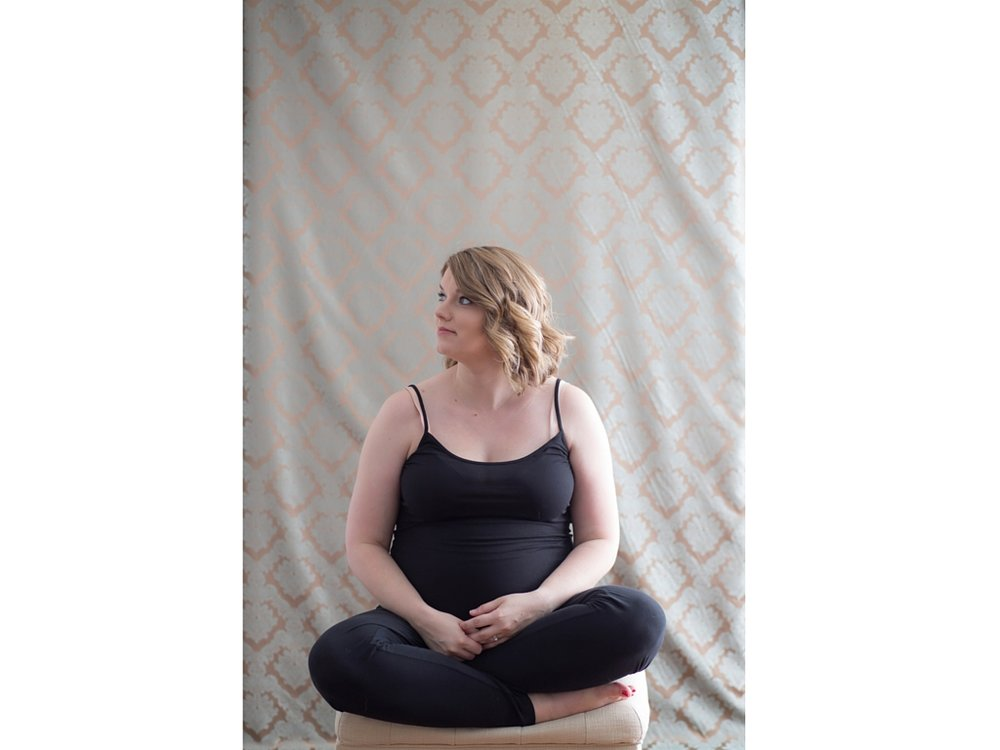Sometimes you're just doing a lighting test and your backdrop fabric is still wrinkled but your beautiful mama-to-be subject looks so serene and contemplative you can't bear to toss the image. This is one of those times.