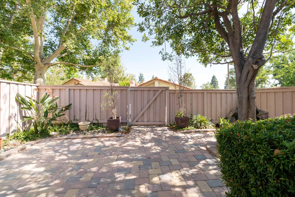 Thousand Oaks-07465.jpg