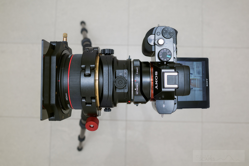 The TS-E adds a lot of bulk but still the total weight of the A7R, TS-E, Zork and Metabones adapter is only 1.4kg!