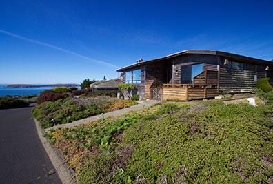 """pinnacle heights"" - a bodega bay best vacation rentals property"