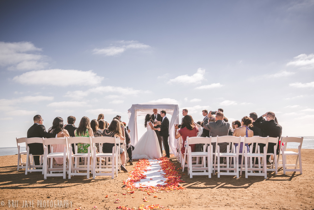 romantic clifftop wedding at sunset cliffs natural park
