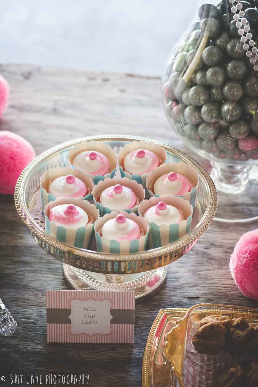 AdorableWeddingCupcakes
