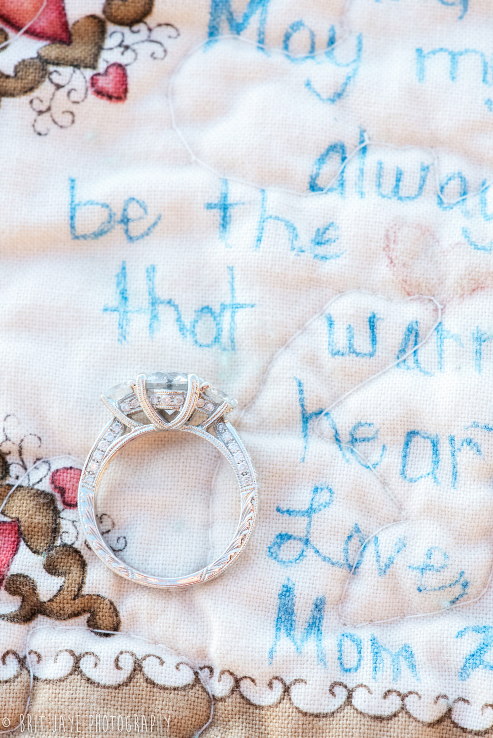 engagement_photo_personalized_blanket_ring_detail