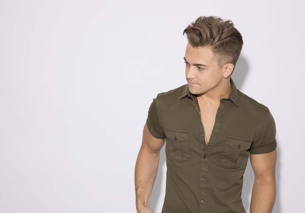 Hunter-Hayes-1487865326.jpg