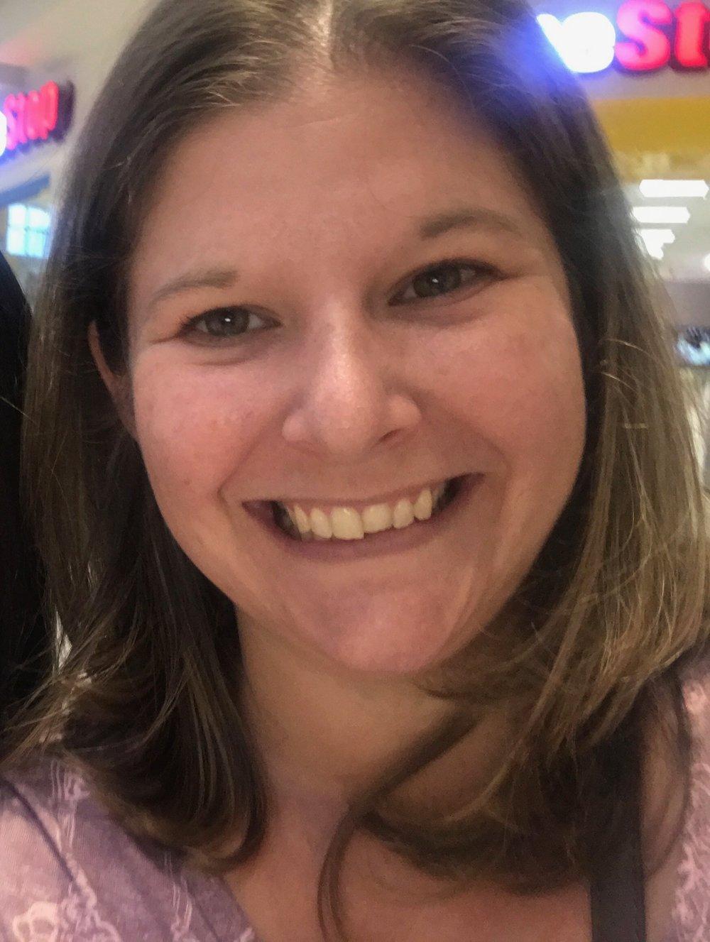 Maria Reich, Accountant