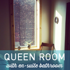 Queen bed, lamp, desk, a/c, ceiling fan, night light, private en suite bathroom. Rooms 25, 33, 34 & 36.