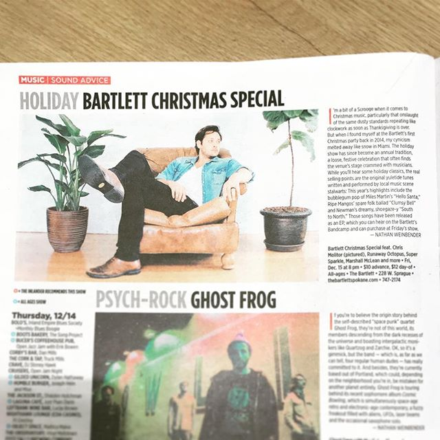 Can't wait for tonight's Christmas Special at the @bartlettspokane !!! Some great artists (many of them tagged in the above photo 👆🏻) will be singing Christmas covers and originals for y'all to enjoy! Doors at 7:30pm. So grab a tasty beverage from the bar, and come sing along with us! Thanks to @theinlander for helping us promote the show! ❤️🎄🎉